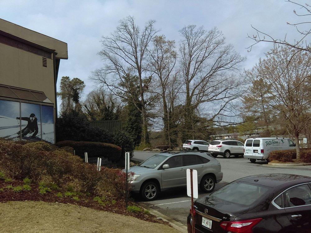 Peter Glenn Ski & Sports: 5600 Roswell Rd NE, Atlanta, GA