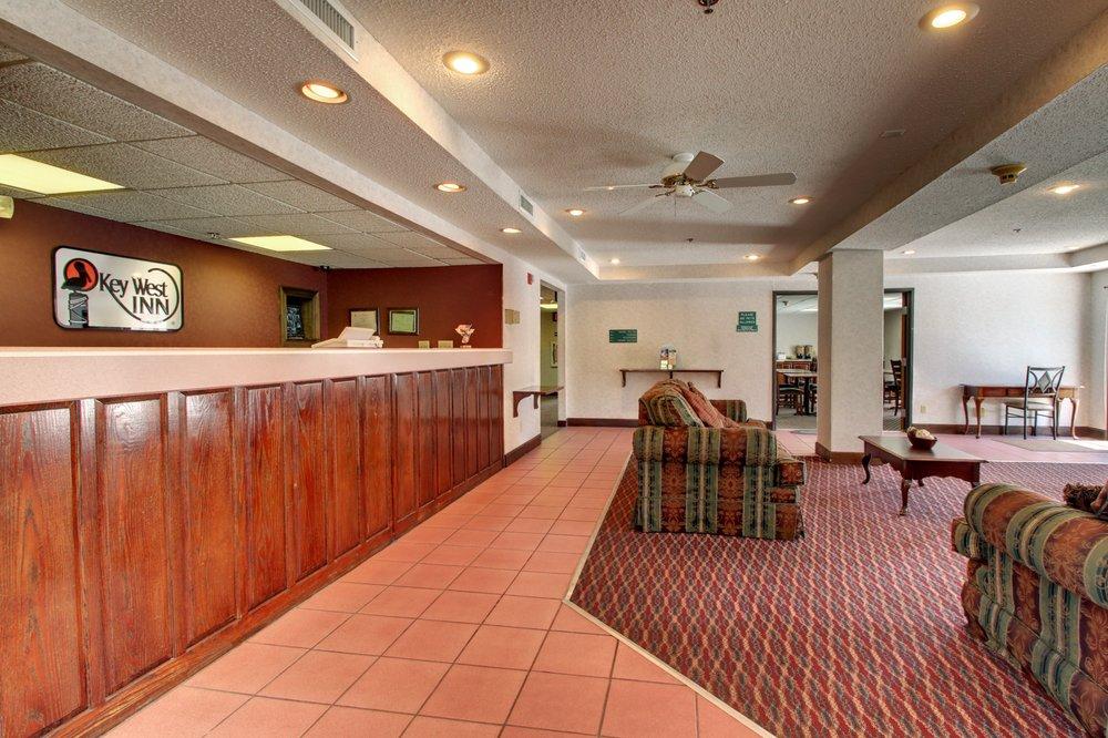 Key West Inn - Baxley: 53 Heritage St, Baxley, GA