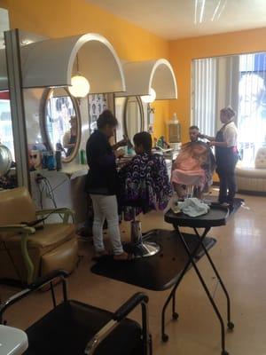 Celeste s beauty salon hair salons 2208 fruitvale ave - Celeste beauty salon ...