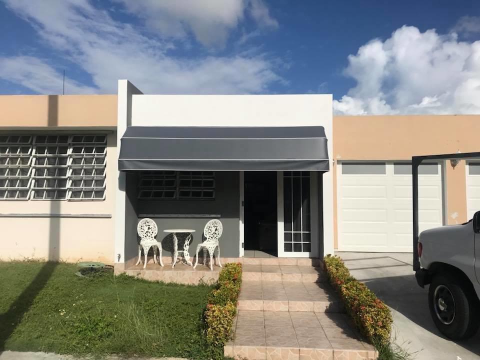 Cortinas Oscar: Carr. 2 Km 68.7, Arecibo, PR