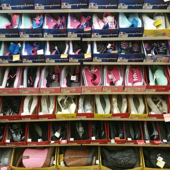 2f17f1c5e76 Payless ShoeSource - CLOSED - 2019 All You Need to Know BEFORE You ...