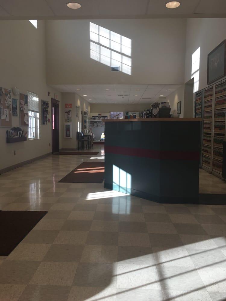 Northwest Corner Veterinary Hospital: 646 Bantam Rd, Bantam, CT