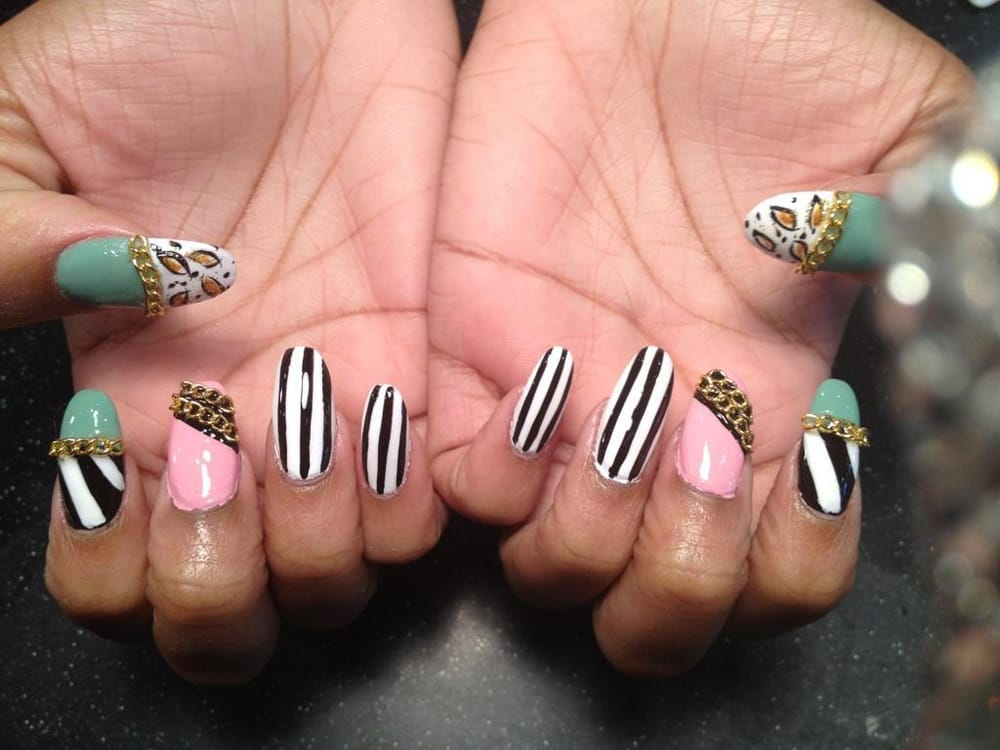 Gold Chain Nail Design And 3d Nail Art By By Sactown Nails And