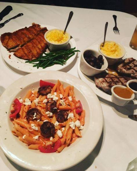 Downtown Grill: 562 Mulberry Street Ln, Macon, GA