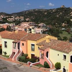 Village sardegna villaggio a porto cervo 19 foto for Villaggio turistico sardegna