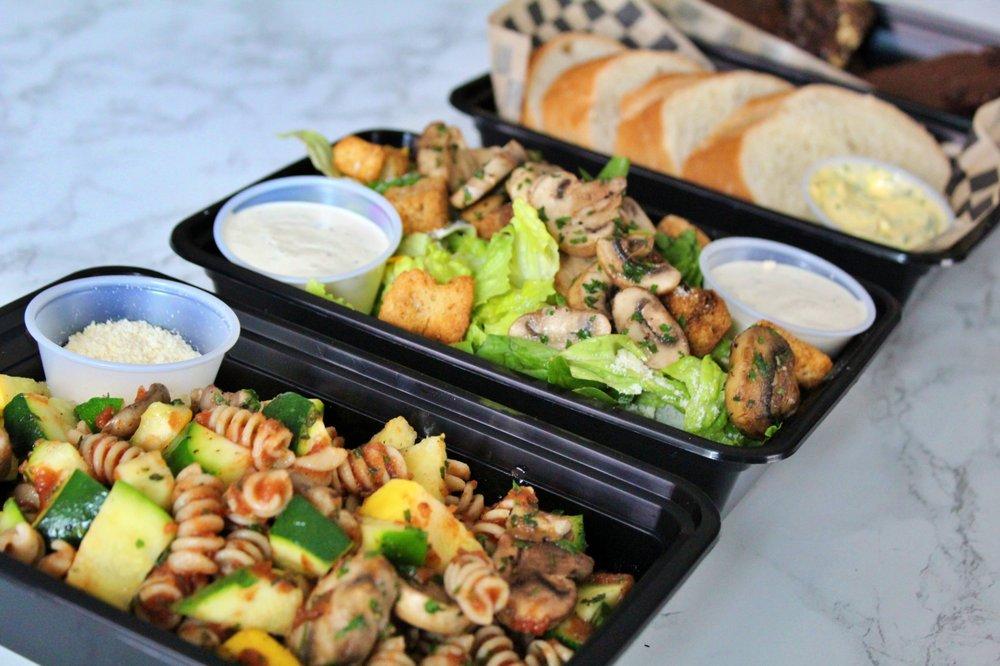 Fresh Fitness Kitchen: 1300 S Watson Rd, Buckeye, AZ