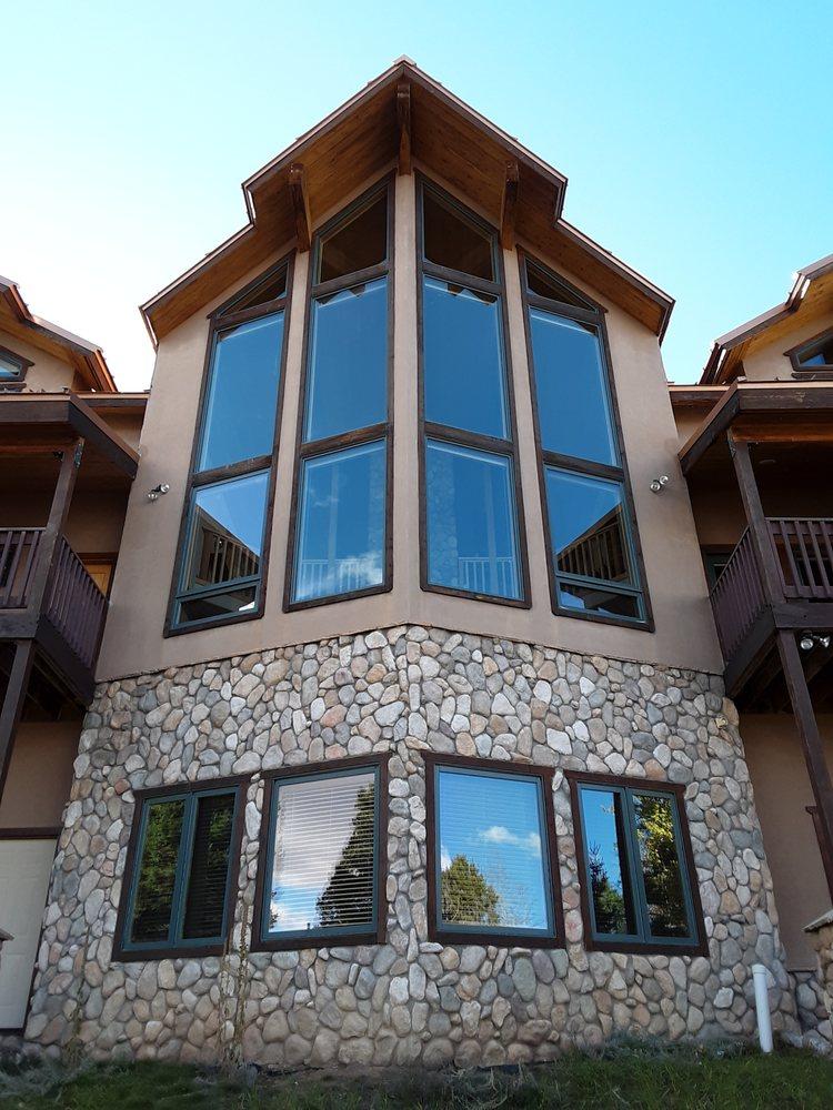 Buena Vista Window Washing: Taos, NM