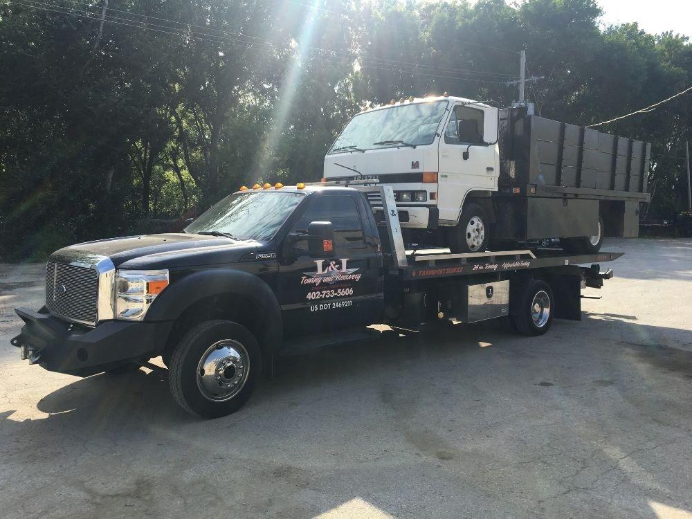 L&I Towing & Recovery: 7931 Irvington Rd, Omaha, NE