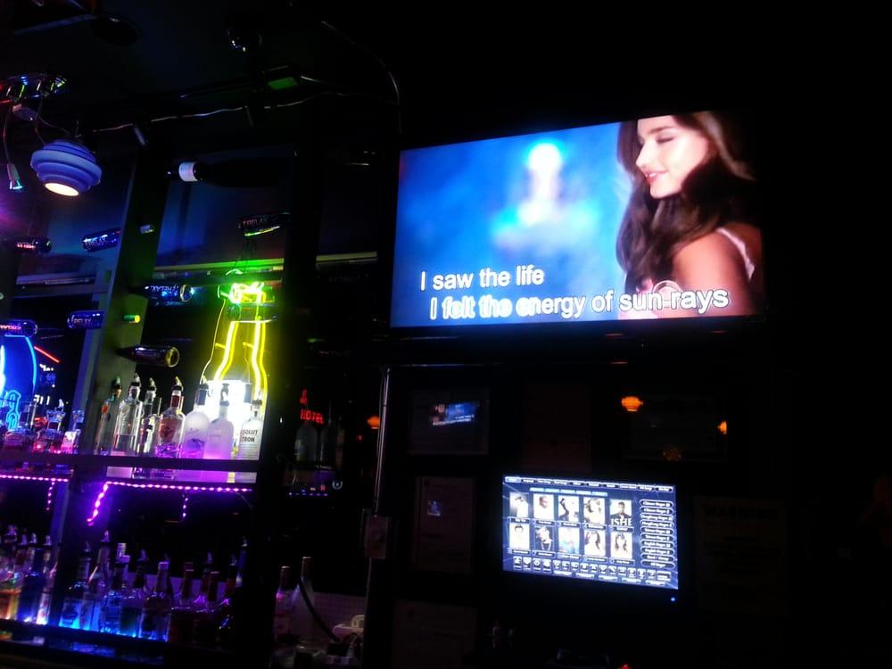 Blu Lounge: 13501 35th Ave, Flushing, NY