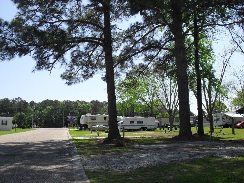 Dothan RV Park: 4100 S Oates St, Dothan, AL