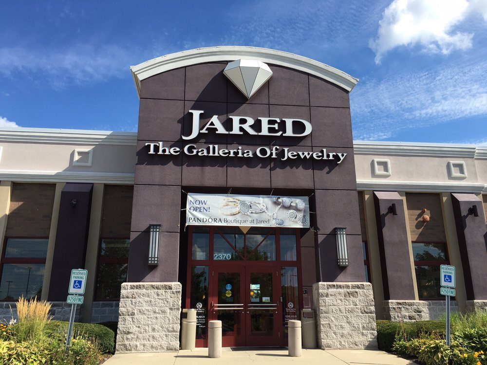 Store front now with a Pandora boutique inside Jared Yelp