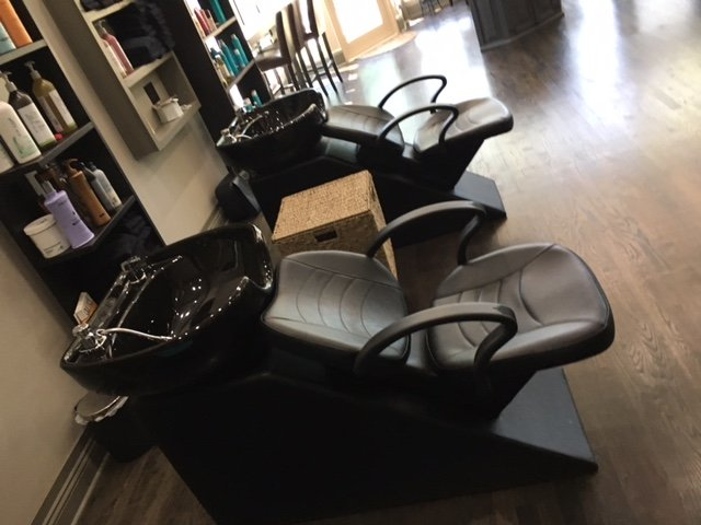 Relaxation Station Salon & Spa: 10655 S Hale Ave, Chicago, IL