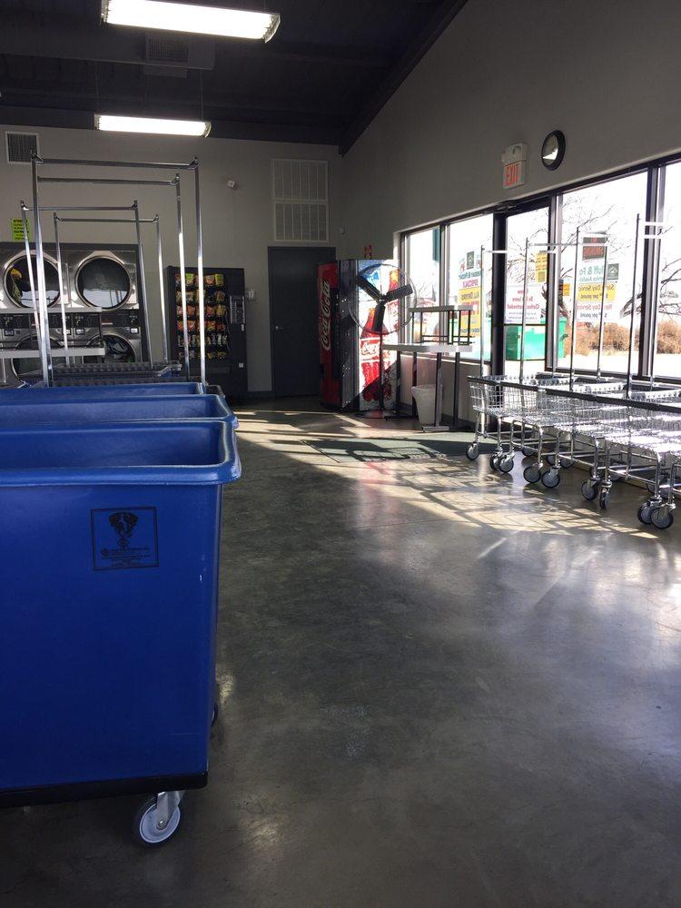 Texas Wash Tub: 100 S James Ave, Monahans, TX