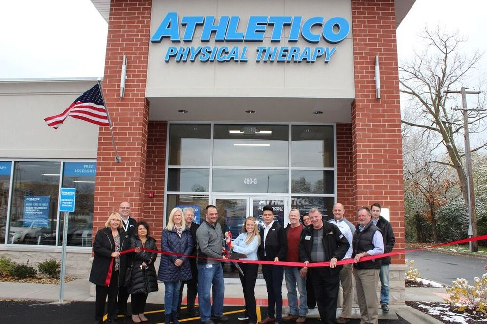 Athletico Physical Therapy - Bensenville: 460 W Irving Park Rd, Bensenville, IL