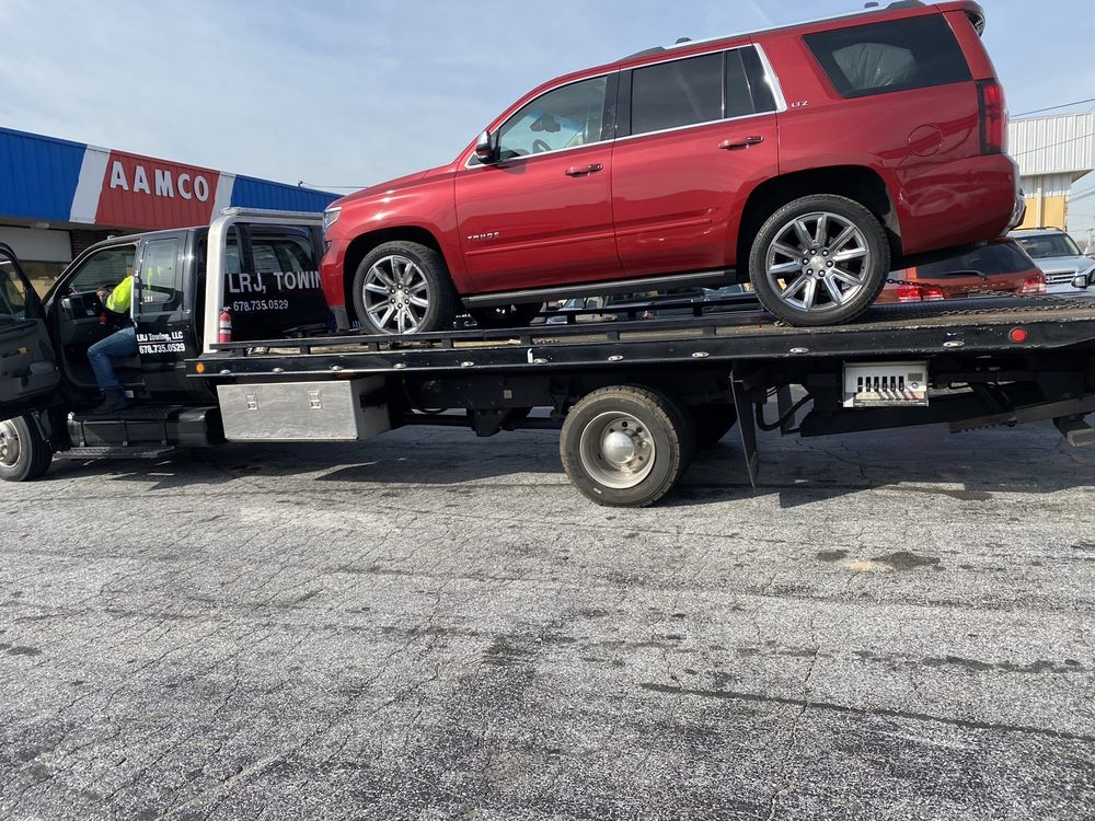 Towing business in Snellville, GA