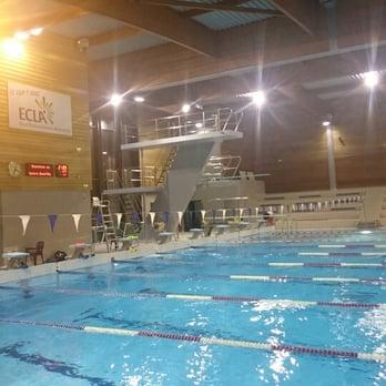 Piscine centre aqua rel piscines 755 boulevard europe for Piscine lons le saunier