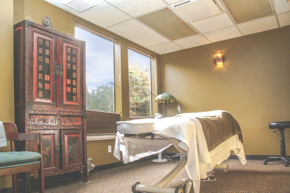 Green Lake Health Center - 22 Photos & 74 Reviews - Massage - 9714 ...