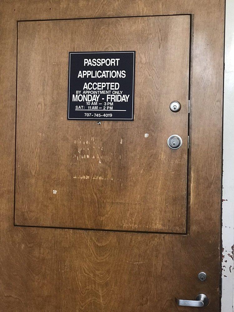 US Post Office: 290 E L St, Benicia, CA