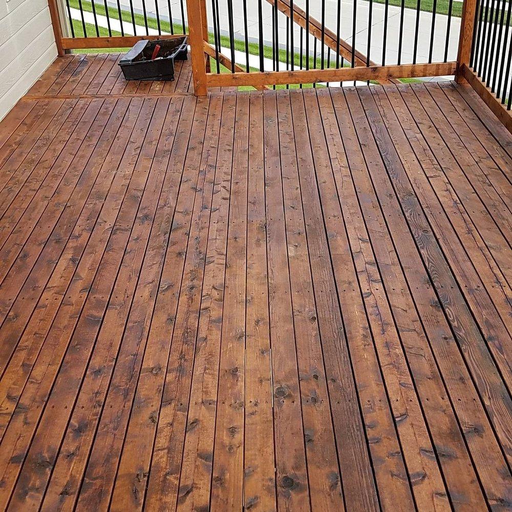 Aaron's Deck Staining: 12209 N 151st Cir, Bennington, NE