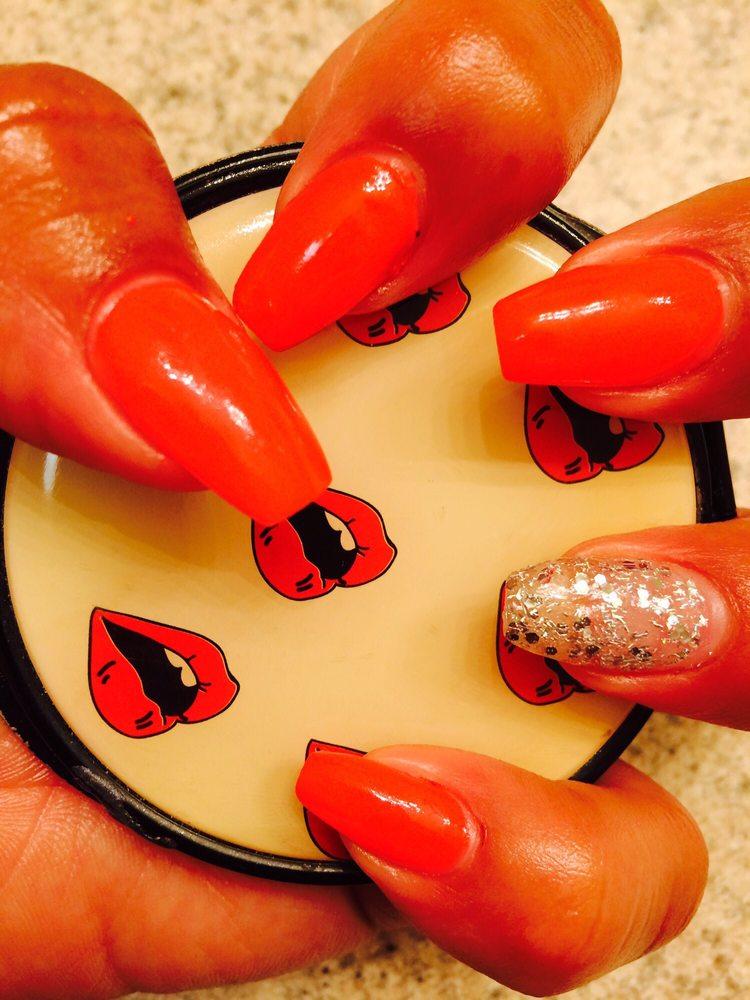 Nail Tech: 2908 E Whitmore Ave, Ceres, CA
