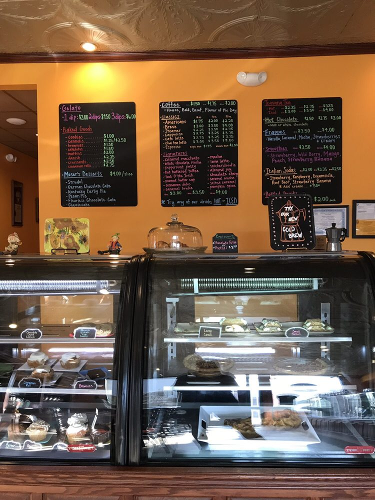Carlisle Coffee and Sweets: 203 E Michigan St, New Carlisle, IN
