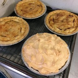 Photo Of Loretta S Country Kitchen Sburg Oh United States