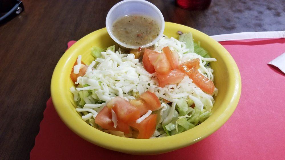 Gino's Pizza & Spaghetti House: 16 Davis Ave, Elkins, WV