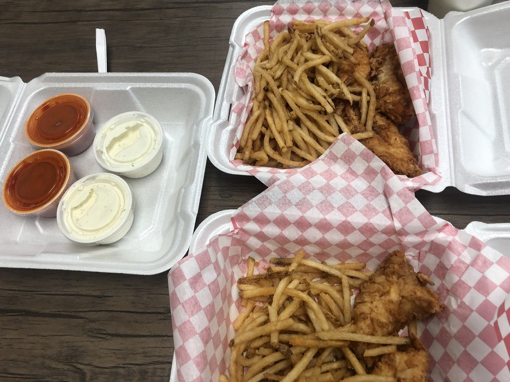 The Chicken Shack: 3844 River Rd N, Keizer, OR