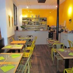 Les pieds sous la table closed french 44 bd arago port royal gobelins paris france - Restaurant les pieds sous la table ...