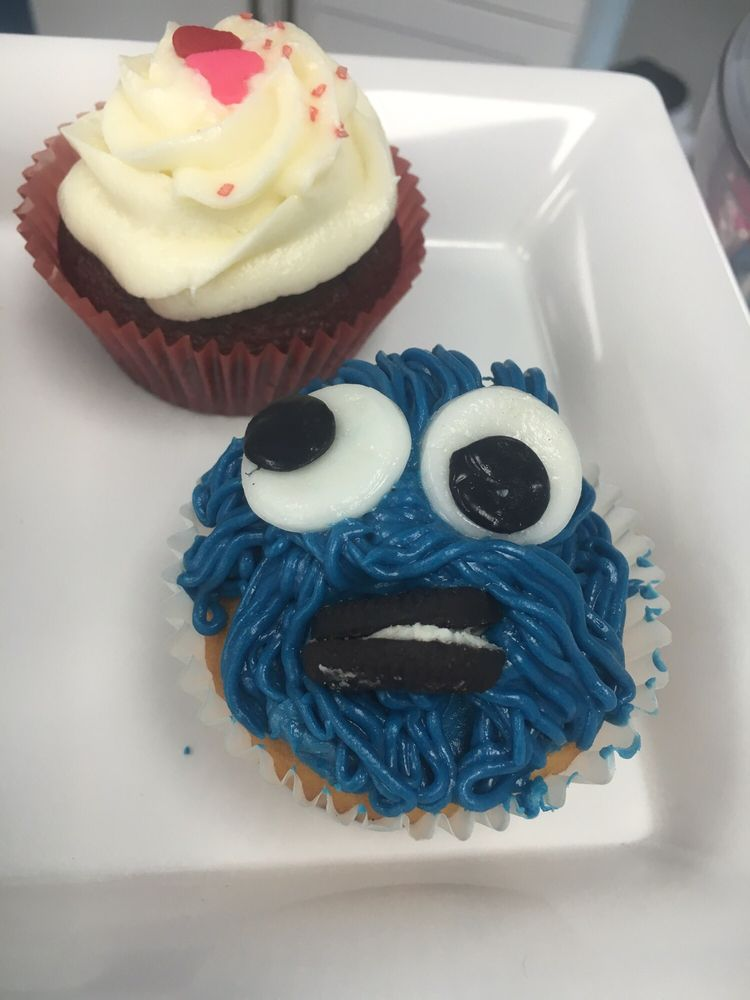 Jaybear Bake Shop: 7124 US Highway 64, Bartlett, TN