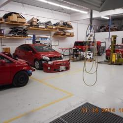 Tongda auto body officine carrozzerie 4100 indianola for 2 officine di garage per auto