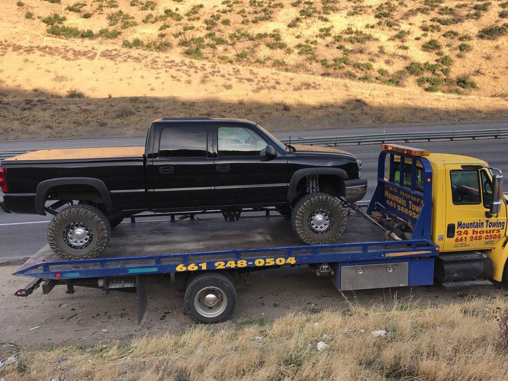 Mountain Towing: 111 Landfill Rd, Lebec, CA
