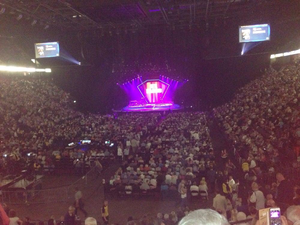 Neil Diamond Manchester Arena Review
