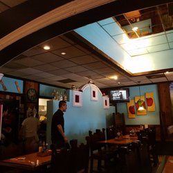 Los Tres Caminos 12 Reviews Restaurants 172 N Broadway Peru