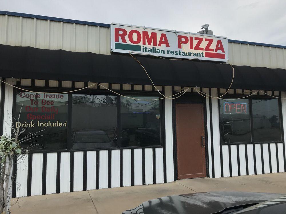Roma Pizza: 806 E Omega St, Henrietta, TX