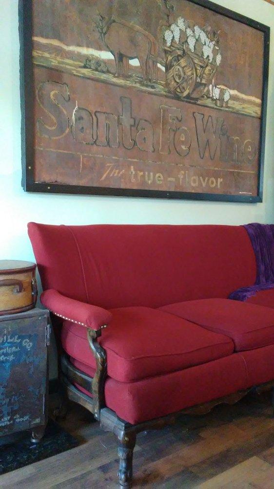 Shoestring Cafe: 175 2nd St SE, Bandon, OR