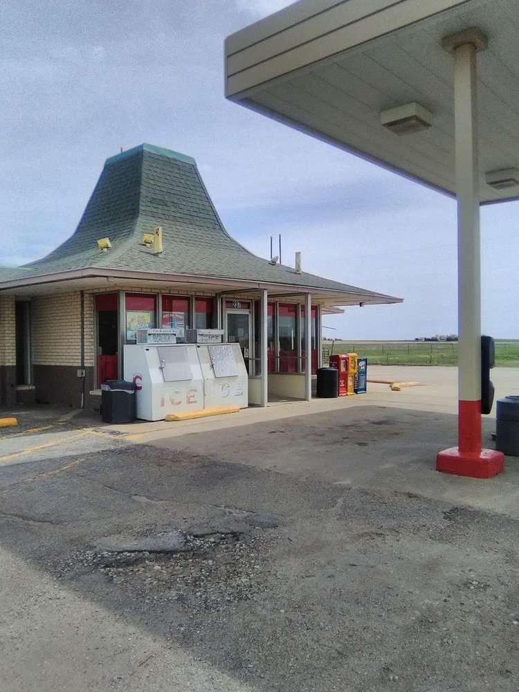 Travel Shoppe: 237 Highway 232, Wilson, KS