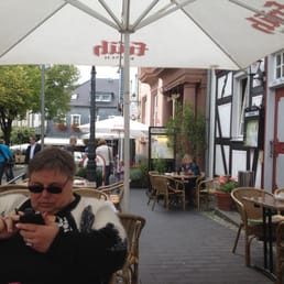 altes standesamt 22 foto e 17 recensioni cucina tedesca markt 6 7 bad honnef nordrhein. Black Bedroom Furniture Sets. Home Design Ideas