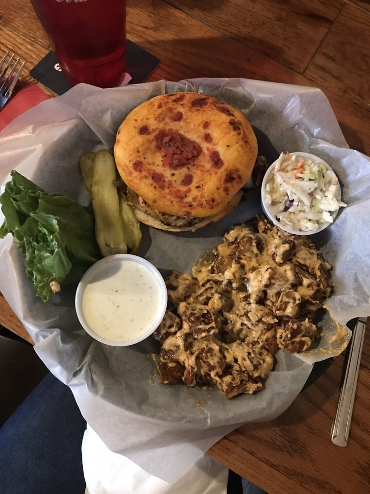 Food from Fatty's Pub and Grill
