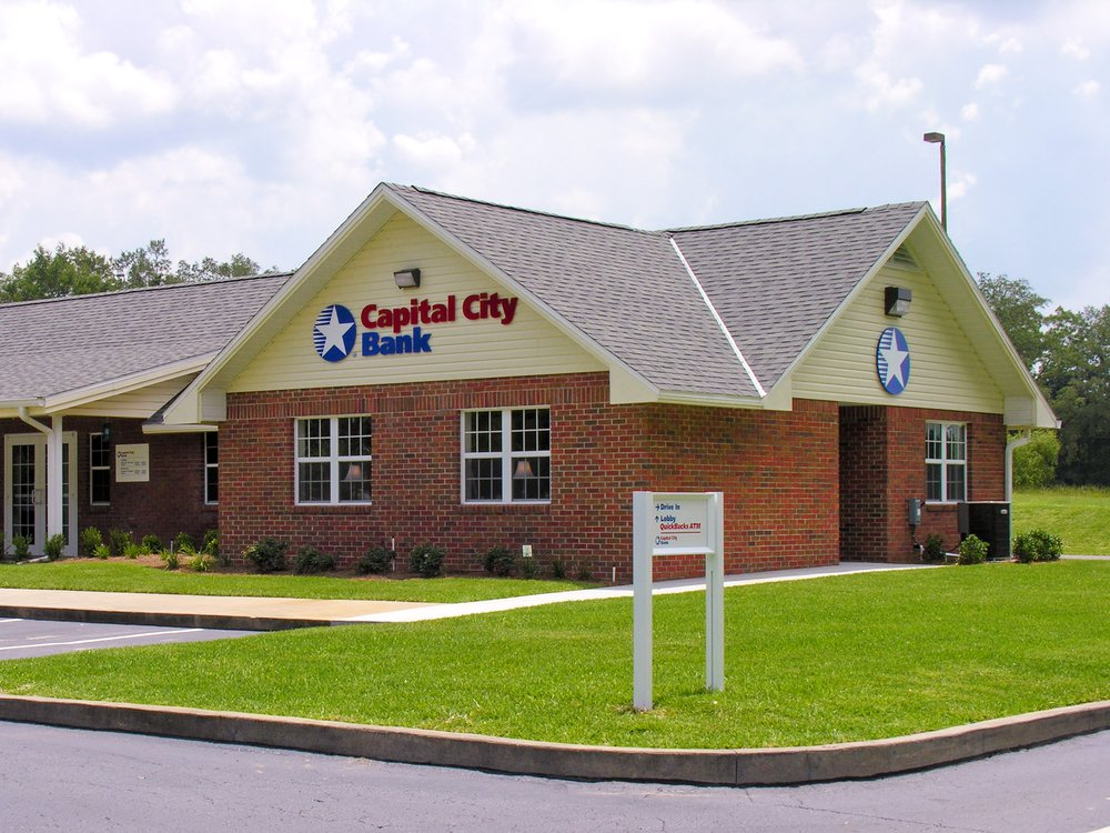 Capital City Bank: 690 S US Hwy 129, Bell, FL