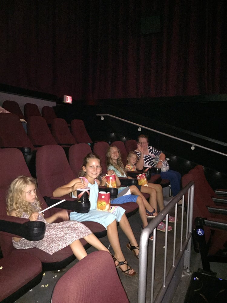 Carmike Hickory Nc >> With The Chesson Kiddies At Finding Dory Yelp