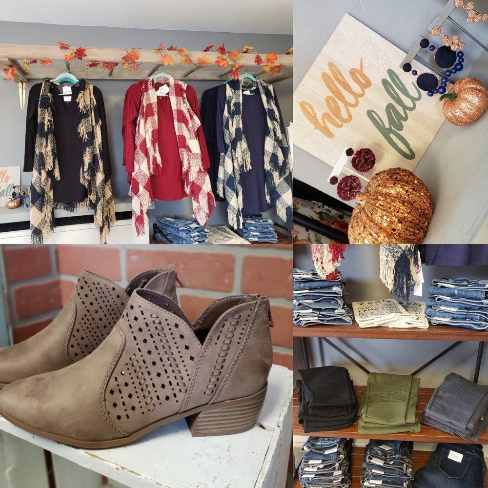 Ivy & Oak Boutique: 2 N Berlin Pike, Lovettsville, VA