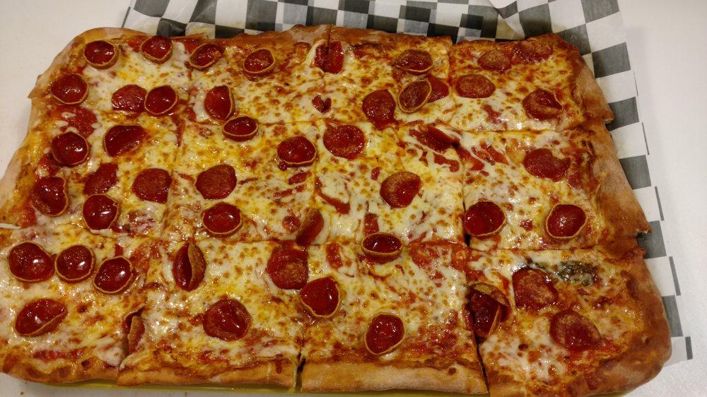 Fanucces Campus Pizzeria & Pasta House