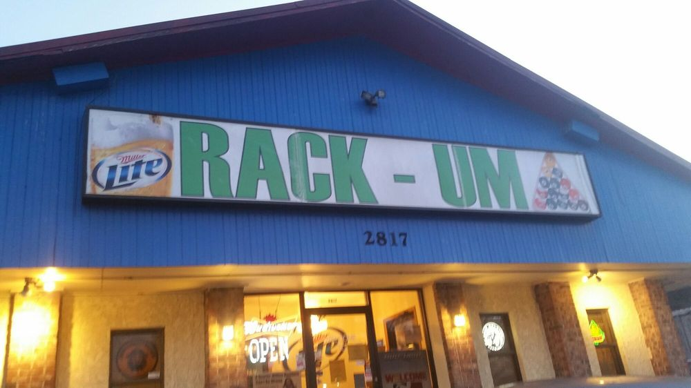 Rack'um Sports Bar & Pool Hall: 2817 Cantrell Rd, Little Rock, AR