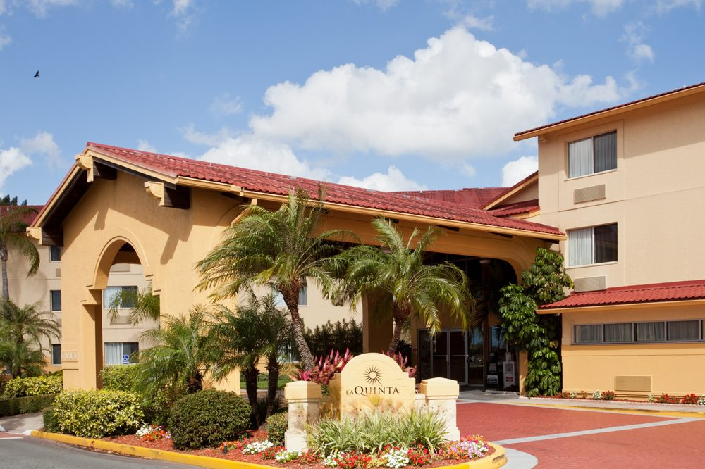 La Quinta by Wyndham St. Pete-Clearwater Airport: 3301 Ulmerton Rd, Clearwater, FL