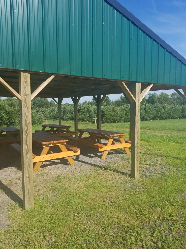 Appledale Orchards: 5987 State Rte 3, Mexico, NY