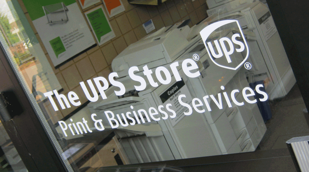 The UPS Store: 1109 SW 1st Ave, Canby, OR