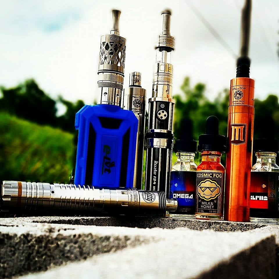 Cloud Chasers Vapor: 8123 State Rd 52, Hudson, FL