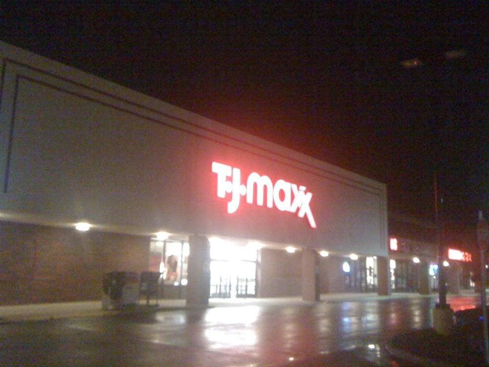 T J Maxx: 3926 Linden St, Bethlehem, PA