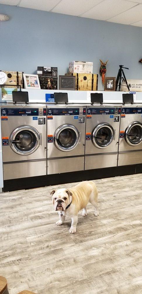 Sudzys Laundromat: 231 Key Deer Blvd, Big Pine Key, FL